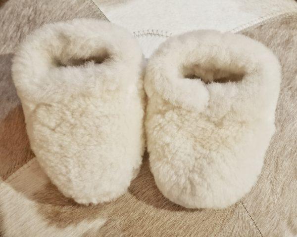 Pantufla pequeña color blanco
